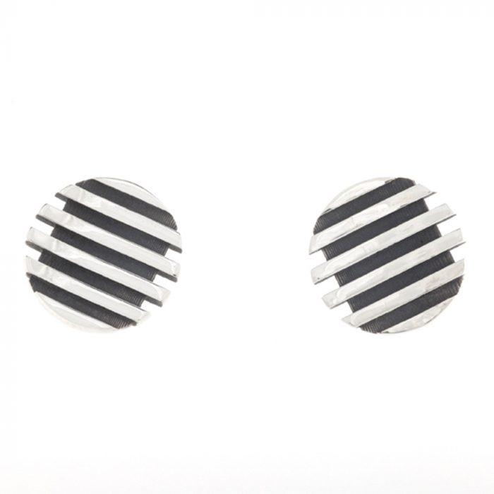 escalator round stud earrings