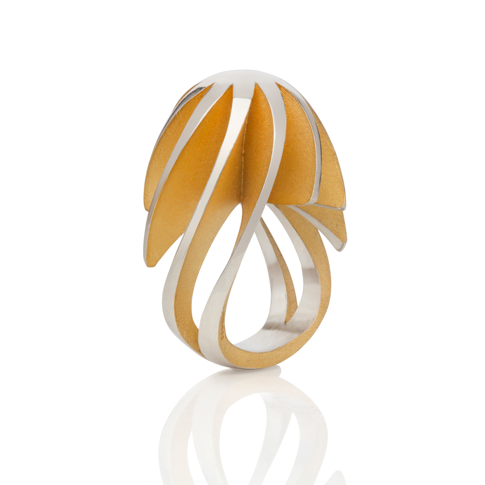 twist & shout egg ring