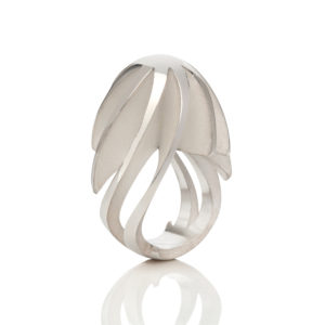 Twist & Shout ring