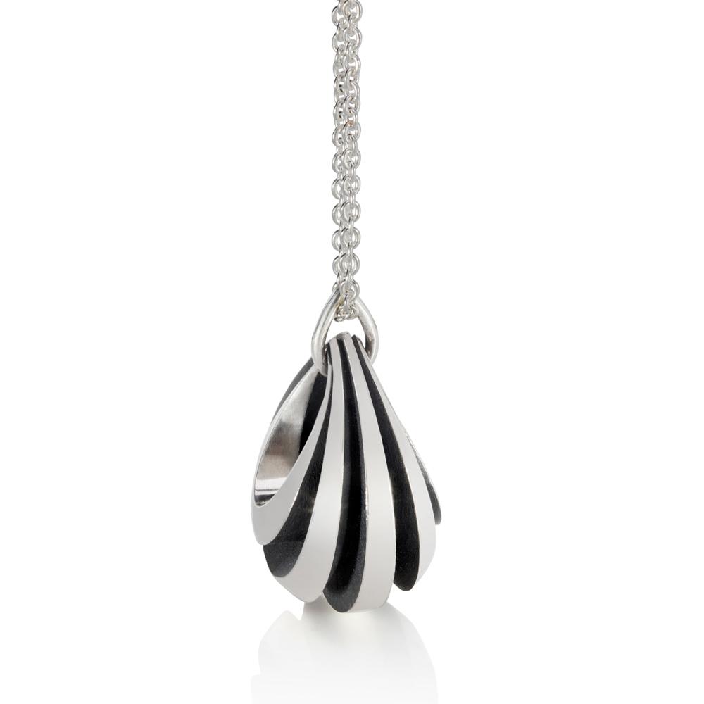 vessel pendant