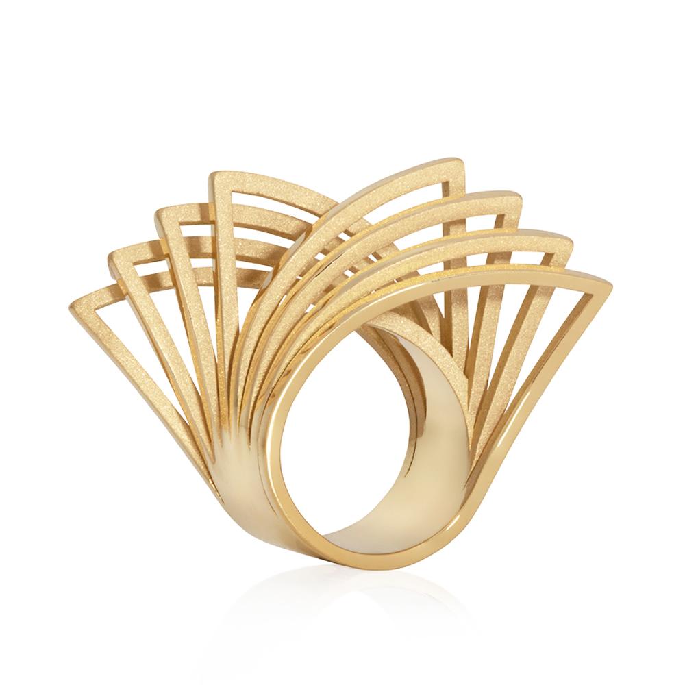 vortex ring in 18ct gold