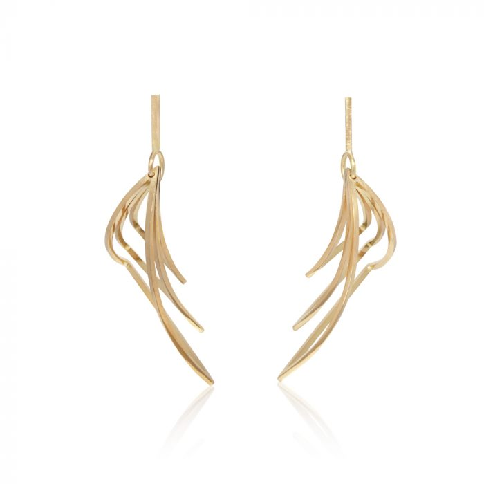 Structural earrings with three diminishing layered triangles in 18ct gold