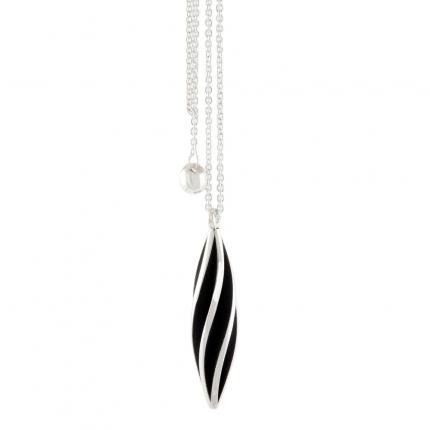 beat-twist-pendant-silver-lariat-oxidised-Sarah-Herriot-Jewellery-London