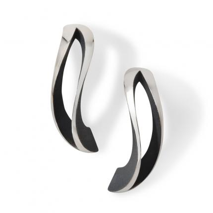 2-way-twist-earrings-silver-oxidised-Sarah-Herriot-Jewellery-London