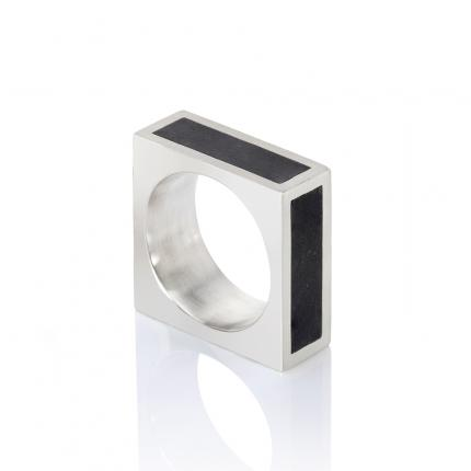 mens-square-silver-ring-jade-insets-Sarah-Herriot-Jewellery-London