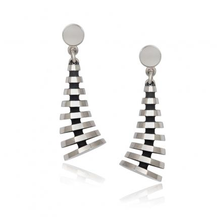 pyramid-earrings-silver-kick-Sarah-Herriot-Jewellery