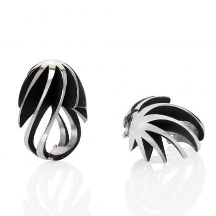 twist-and-shout-ring-silver-oxidised-Sarah-Herriot-Jewellery